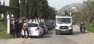 Hatay'daki kazada yaşamını yitiren 4 kişiden 3'ünün cenazesi defnedildi