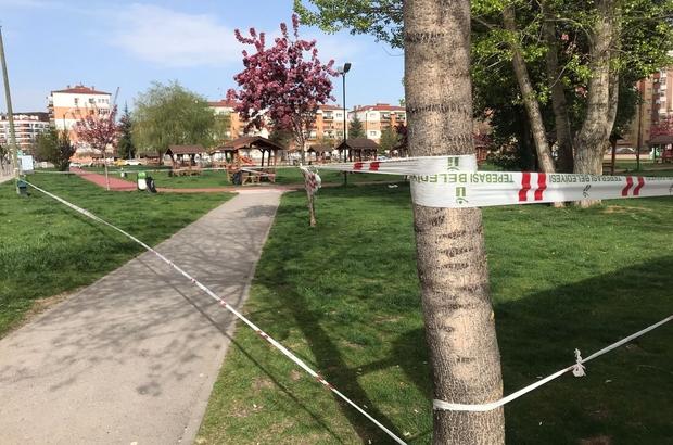 Tedbirlerin hiçe sayıldığı park şeritlerle kapatıldı Kalabalık grupların bir araya geldiği alana giriş yasaklandı