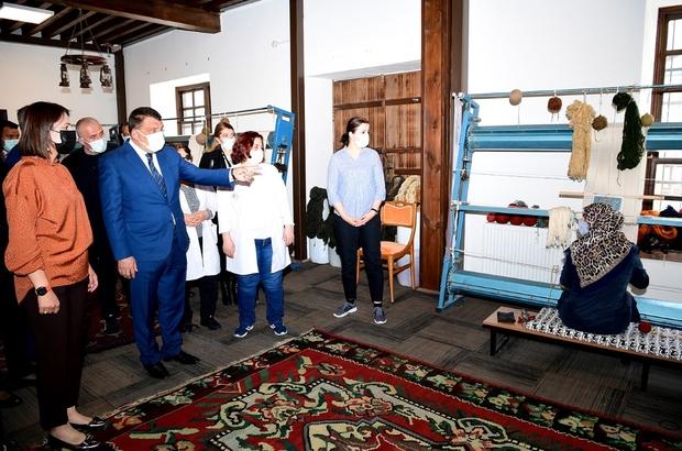 Malatya Büyükşehir'den halı dokuma kursu