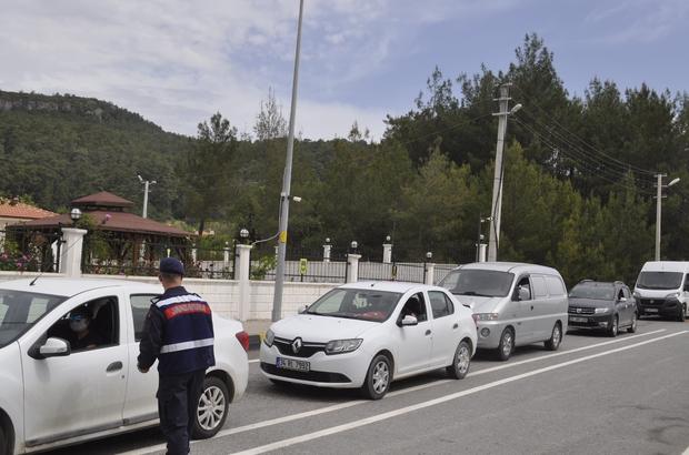 17 günlük kapanma öncesi Marmaris'te kontroller devam ediyor