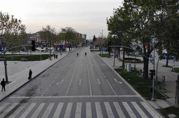 17 günlük kısıtlama başladı, Sakarya'da sessizlik hakim Sessizliğe bürünen şehir havadan da görüntülendi