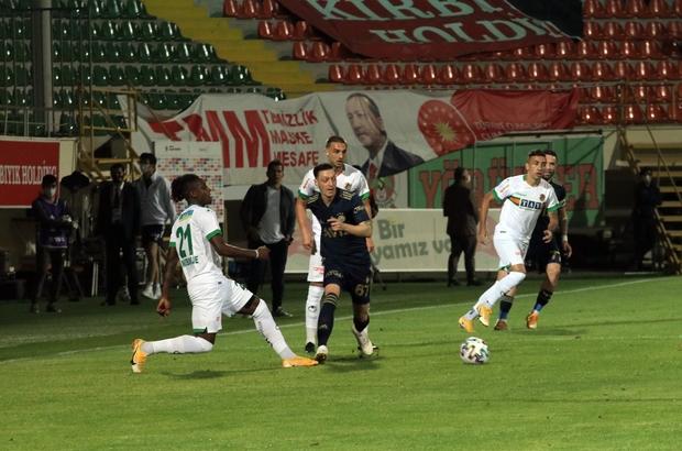 Süper Lig: Aytemiz Alanyaspor: 0 - Fenerbahçe: 0 (Maç devam ediyor)