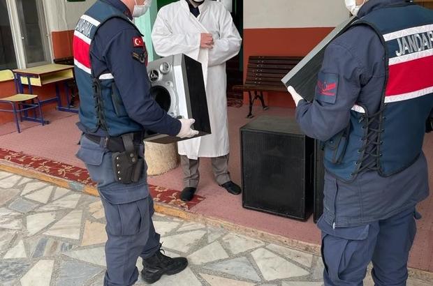 Caminin çalınan vaaz hoparlörlerini Jandarma buldu