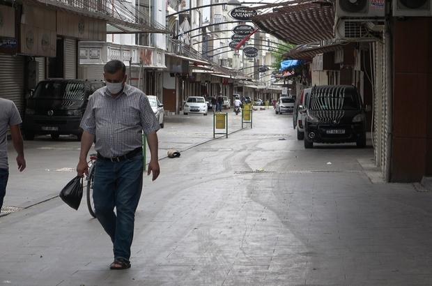 Cezaevinden izinli çıktı, kapanmanın ilk gününde sokaklarda hurda topladı