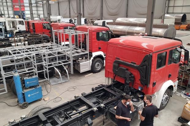 Düzce'ye tam donanımlı itfaiye araçları geliyor 17 araç ile hem Düzce hem bölgeye hizmet verecek Endüstriyel yangınlara müdahale aracı geliyor