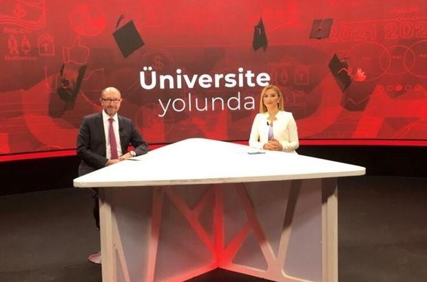 """Rektör Erdal, aday öğrencilere Anadolu Üniversitesi'ni anlattı """" Açıköğretim Sistemi sunduğu e-öğrenme malzemelerinin niteliği ile dünyanın en iyileri arasında"""""""