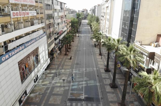 Tam kısıtlamanın başlamasıyla sokaklar sessizliğe büründü