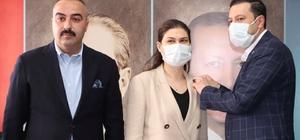 Torbalı seçiminin ardından AK Parti'den ikinci transfer Torbalı Belediyesi DEVA Partili meclis üyesi, AK Parti saflarına katıldı