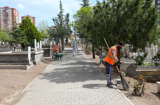 Talas'ta mezarlıklara özel çalışma