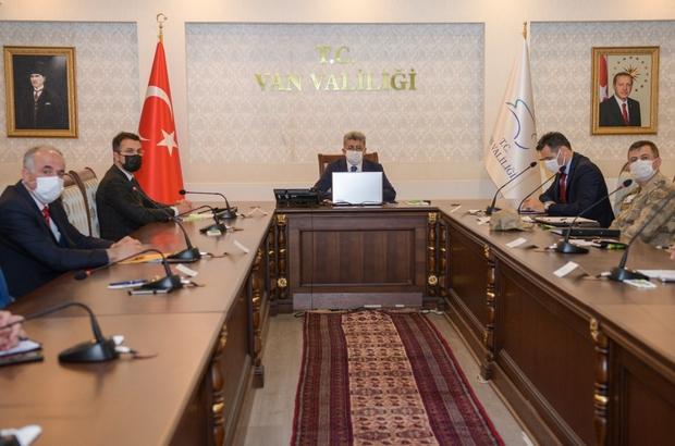 Van'da sosyal destek ödemeleri konulu toplantı
