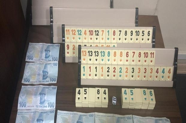 Denizli'de kumar operasyonunda 13 şüpheliye 16 bin 32 TL idari para cezası Korona virüs tedbirlerine uymayan 29 kişiye 64 bin 350 TL idari para cezası