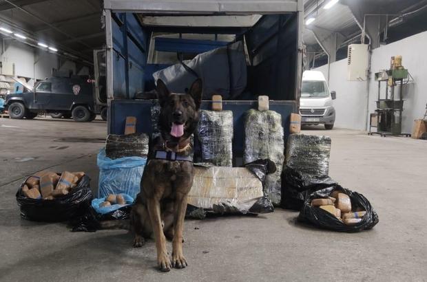 Van'da kamyonette 216 kilo eroin ele geçirildi