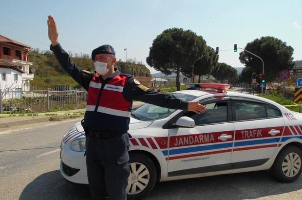 Demirci İlçe Jandarma Trafik Timinden farkındalık etkinliği