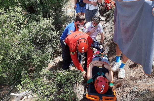 Kayalıklardan düşen Ukraynalı kadın 4 saatte kurtarıldı