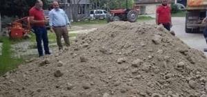 Şaphane'de köylerde mera gübreleme çalışmaları