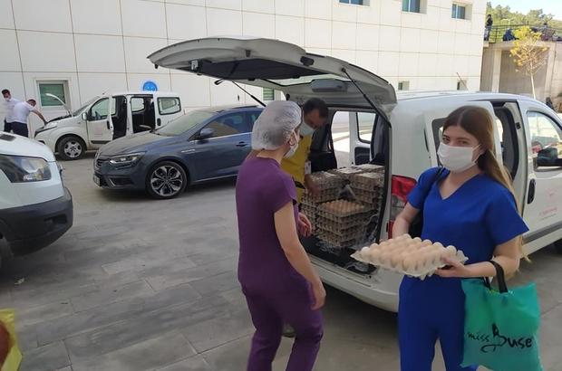 Sağlık çalışanlarına yumurta ile teşekkür etti