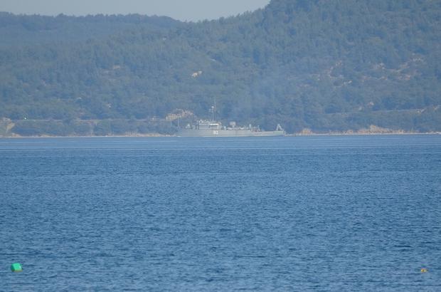 Rus mayın tarama gemisi 'Kovrovets' Çanakkale Boğazı'ndan geçti