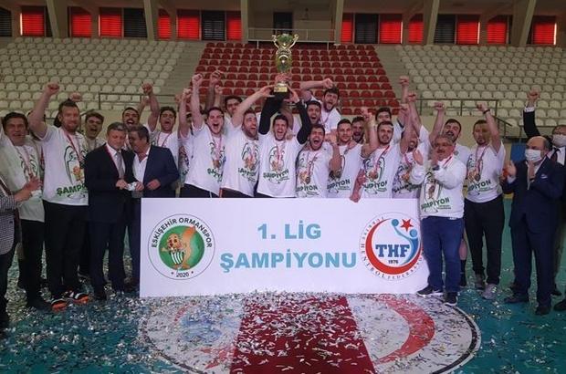 Şampiyon Eskişehir Ormanspor Yunus Emre ve Türkçe Yılı'nda gelen şampiyonluk