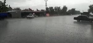 Üzümlü'de dolu yağışı etkili oldu