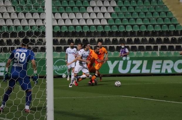 Süper Lig: Denizlispor: 0 - Galatasaray: 2 (İlk yarı)