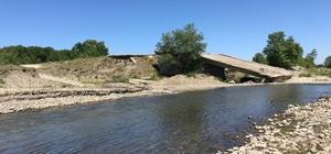 (Özel) Çanakkale'de köylülerin 26 yıllık köprü çilesi