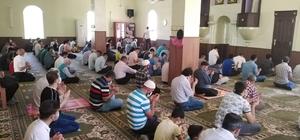 Cuma namazı sonrasında Kudüs için dua