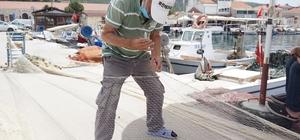 Yarım asırdır özenle ağları tamir ediyorlar Balıkçılar, yırtılan, kopan ağları nakış nakış işliyor
