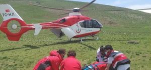 Babasının ölüm haberiyle nöbet geçiren gence atlı ve helikopterli sağlık ekibi yetişti