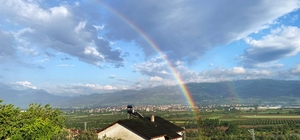 Sakarya'da yağmur sonrası gökkuşağı ziyafeti