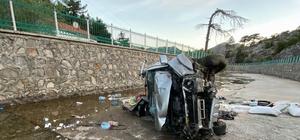 Kanala düşen kamyonetin sürücüsü yaşam mücadelesini kaybetti