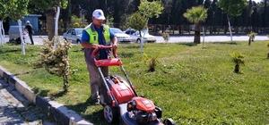 Soma'nın park ve bahçelerinde hummalı çalışma