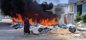 Sakarya mobilyacılar çarşısında korkutan yangın Atıkların bulunduğu alan alev alev işte böyle yandı