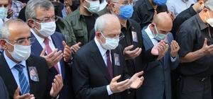 Vekil Sertel'in gazeteci eşi son yolculuğuna uğurlandı Kılıçdaroğlu, cenaze törenine katıldı