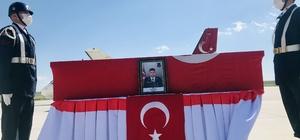 Eren-15 Operasyonunda şehit olan Jandarma Uzman Çavuş Hüseyin Keleş'in cenazesi Ankara'ya gönderildi