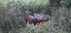 Alkollü sürücü dereye uçtu: 1 yaralı