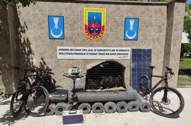 Erzincan'da hırsızlık zanlısı 4 kişi yakalandı