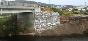 Yoğun yağışların aşındırdığı köprü onarıldı