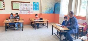 Ağrı Milli Eğitim Müdürü Tekin, Doğubayazıt'taki köy okullarını ziyaret etti