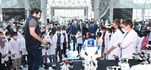 Bakan Kurum Konya Bilim Merkezi'nde öğrencilerle buluştu