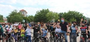 4 Haziran Bisiklet günü Bandırma'da kutlandı Bisikleti olan meydana indi