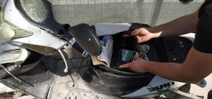 Sınırdan geçmeye çalışan elektrikli bisikletten cep telefonu çıktı Sınırda 11 adet kaçak cep telefonu ele geçirildi