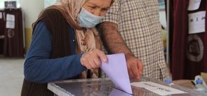 İzmir'de 23 mahallede muhtarlık seçimi yapılıyor