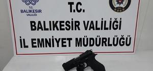Balıkesir'de polis aranan 9 zanlıyı yakaladı