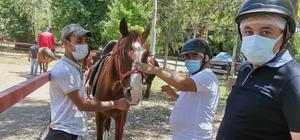 Özel gereksinimli bireylerin at binme dilekleri gerçek oldu