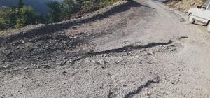Kozan'da köylülerin yol çilesi