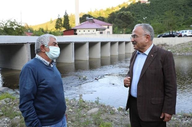 Ordu'da derelere bakslı köprü Ordu'da köprü olmaman derelere vatandaşa kolaylık sağlaması için bakslı köprüler inşa ediliyor