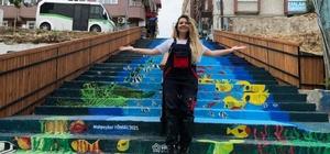 Merdivenler sanatla buluşuyor