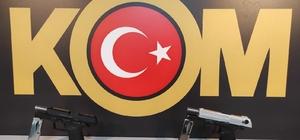 Aksaray'da kaçak silah operasyonu: 4 gözaltı
