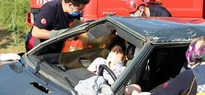 Fren tutmayınca el frenini çekti ama araç takla attı Taklalar atan araçta sıkışan kadın itfaiye ekiplerince kurtarıldı