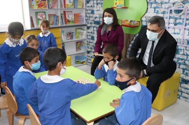 Senirkent'ten Ağrı'ya uzanan eğitim eli Ağrı'nın Sorguçlu köyündeki ilkokula modern kütüphane kazandırdılar